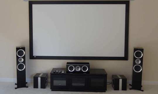 Home cinema room Installation Screen & Kef speakers