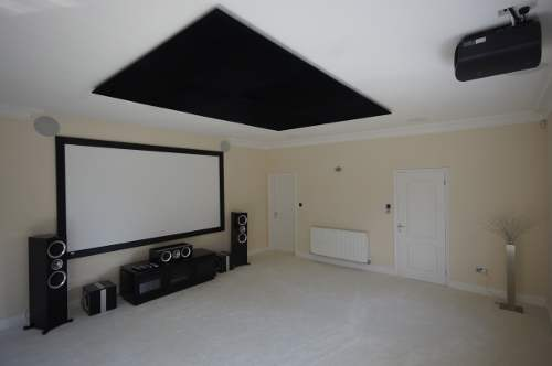 Home cinema installation in Cambridgeshire - VPL-VW500ES