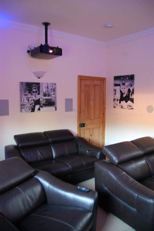 Heme cinema installation in Norfolk - JVC projector