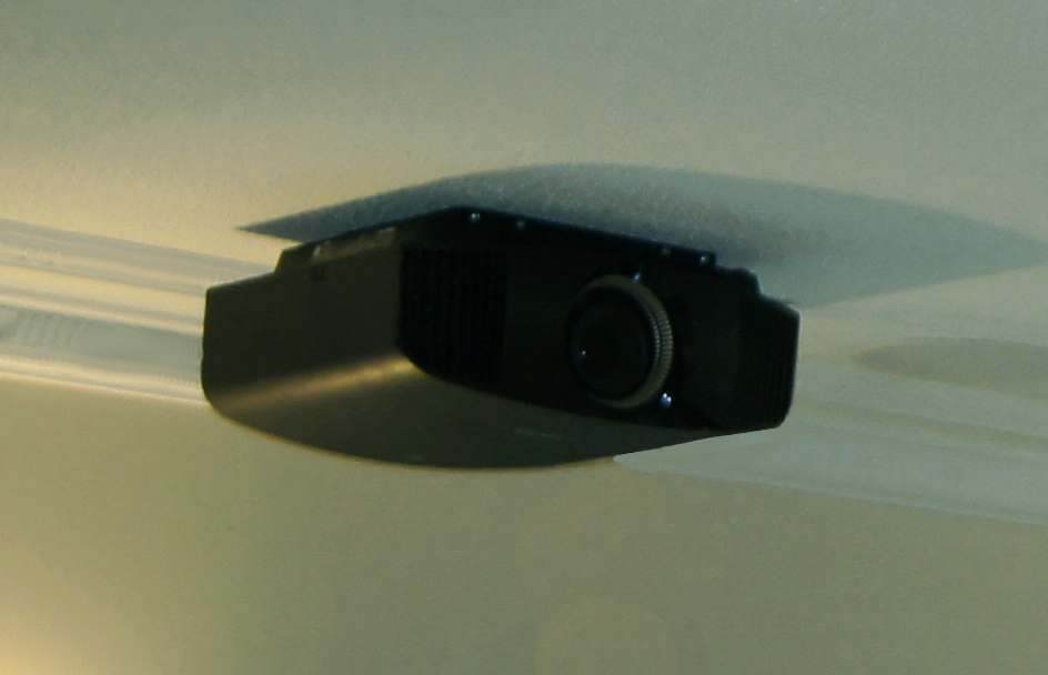 Sony Vpl Vw300es On Exra Thin Ceiling Bracket For Projectors